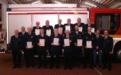 Ehrungen für Kameraden der Feuerwehr Dinklage
